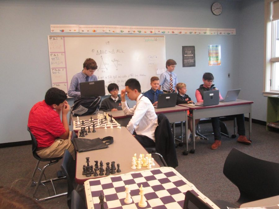 Photos+of+the++Chess+elective+from+the+fall+term+%282018%2F19%29.+%28Photos+taken+by+DiRectory+student+reporters.%29